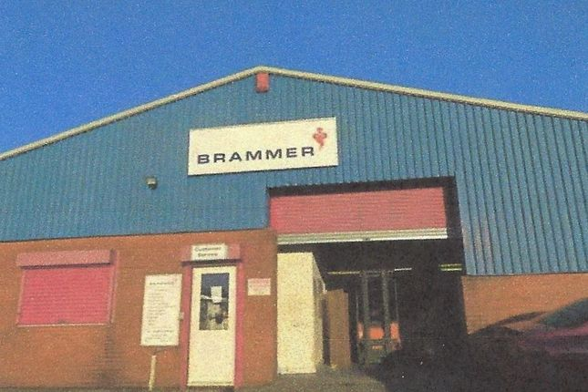 Thumbnail Warehouse to let in Pant Industrial Estate, Dowlias