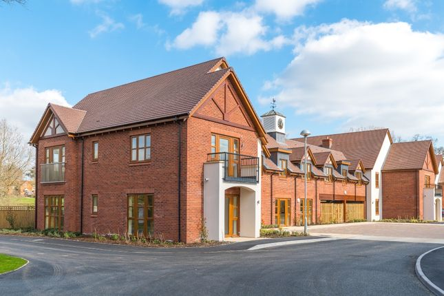 Flat for sale in Albany Lane, Balsall Common, Coventry