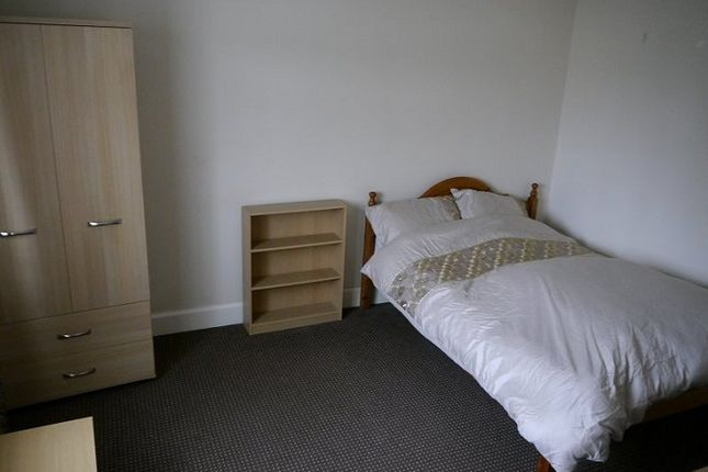 Thumbnail Room to rent in Donnington Bridge Road, Cowley, Oxford, Oxfordshire