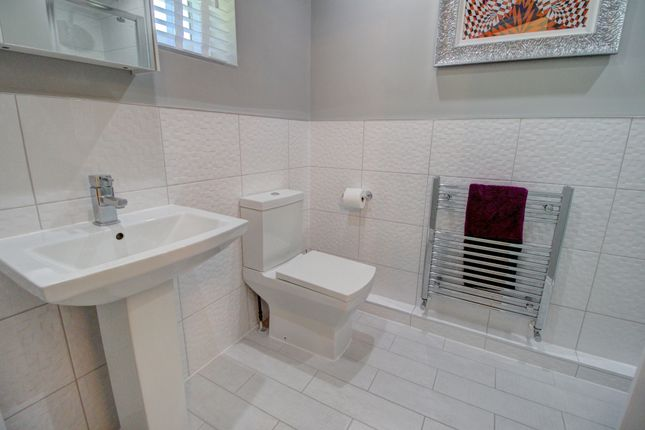 Br2 Ensuite of Houghton Close, Northwich CW9