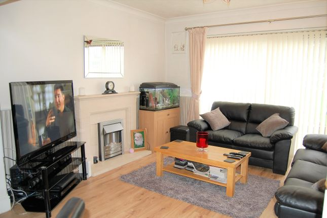 Thumbnail Semi-detached house for sale in Canfield Road, Woodford Green