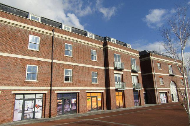 Thumbnail Flat to rent in Salt Meat Lane, Gosport