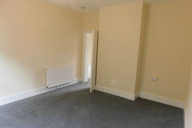 Thumbnail Flat to rent in Sandy Lane, Bean, Dartford