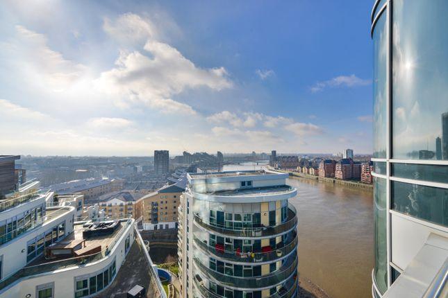 Thumbnail Flat for sale in Bridges Court, Battersea