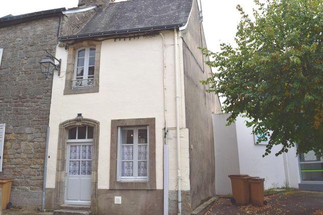 Thumbnail End terrace house for sale in 56160 Guémené-Sur-Scorff, Brittany, France