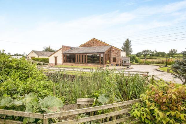 Thumbnail Barn conversion for sale in Pinfold Lane, Longridge, Preston, Lancashire