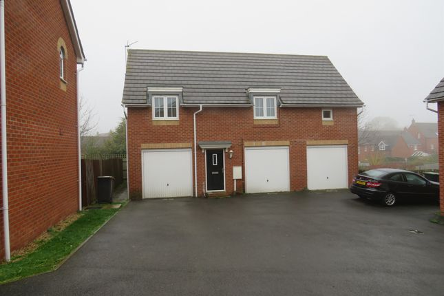 Thumbnail Property for sale in Regency Court, Rushden