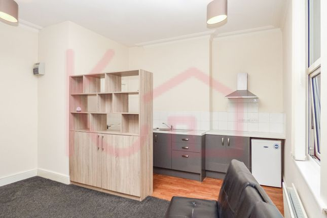 Thumbnail Studio to rent in 10 Glenthorne House, Town Centre