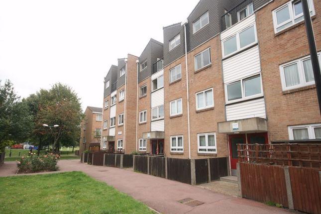 Maisonette to rent in Hemp Walk, London