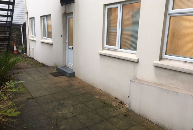 Thumbnail Flat to rent in St Marks Road, St Helier