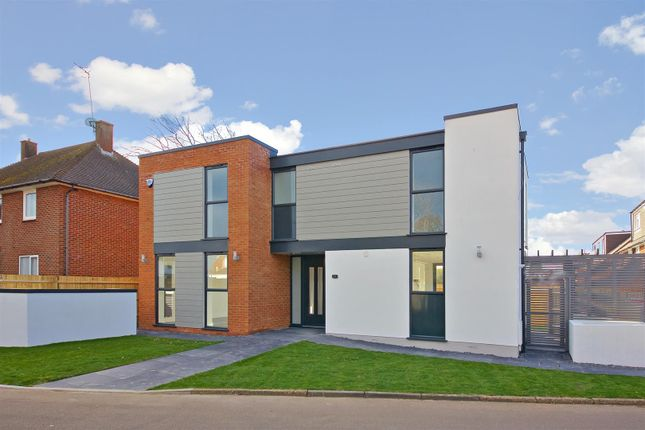 Thumbnail Detached house for sale in Mostyn Road, Bushey
