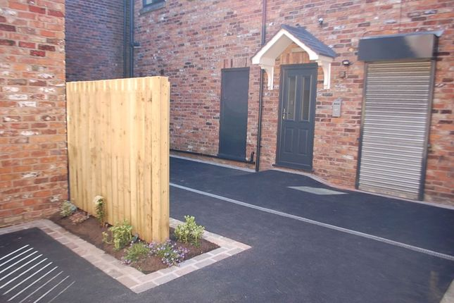 Thumbnail Flat to rent in Wood Street, Ashton-Under-Lyne