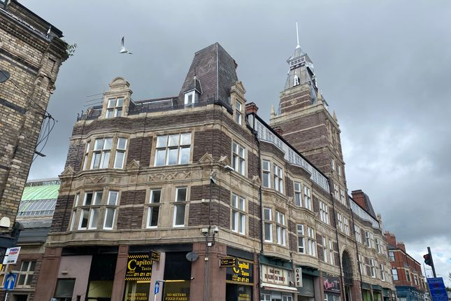 Office to let in High Street, Newport