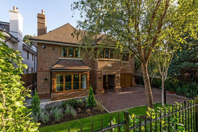 Thumbnail Detached house for sale in Ellerton Road, Wimbledon Common