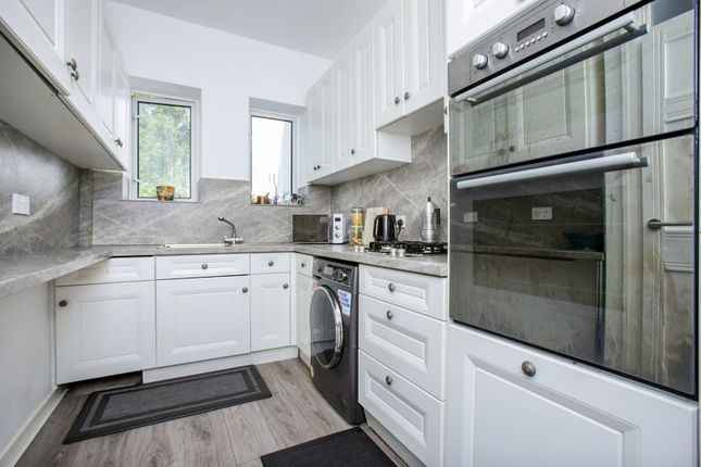 Kitchen of 15 Portley Wood Road, Whyteleafe CR3