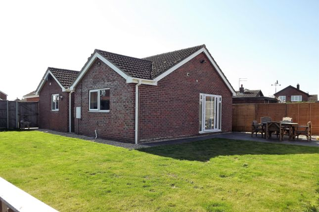 Thumbnail Bungalow for sale in Read Way, Coningsby, Lincoln