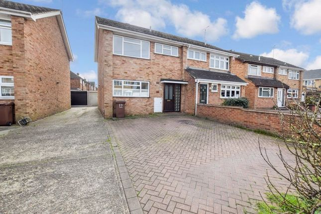 3 bed semi-detached house to rent in Redlie Close, Stanford-Le-Hope SS17