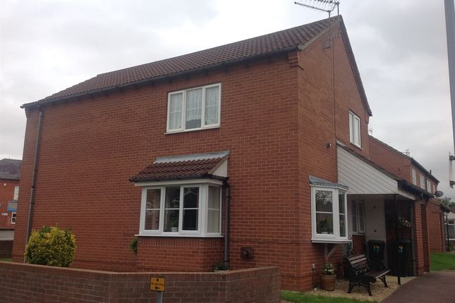 Thumbnail Flat for sale in Bishops Court, Sleaford