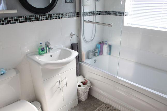 Bathroom of The Grove, Southend-On-Sea, Essex SS2