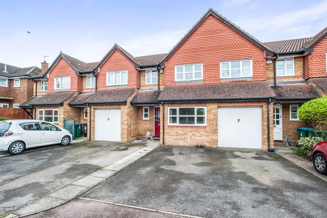 Thumbnail Terraced house for sale in High Road, Leavesden, Watford