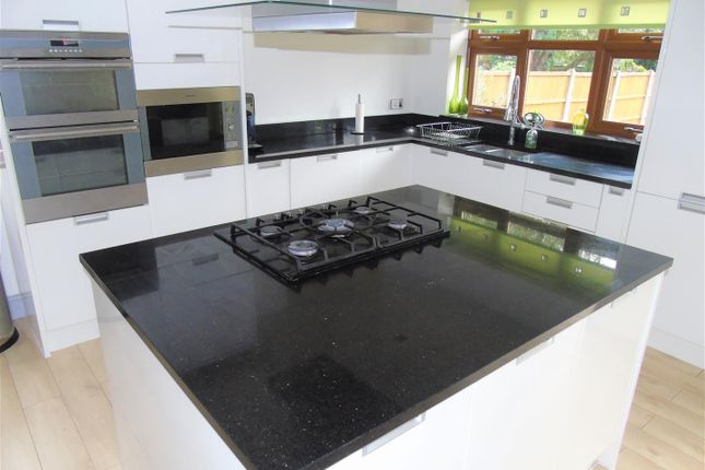 Kitchen5 of Spencers Lane, Melling, Liverpool L31