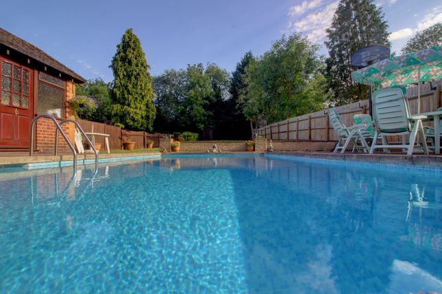 Swimming Pool of Hinckley Road, Leicester LE3