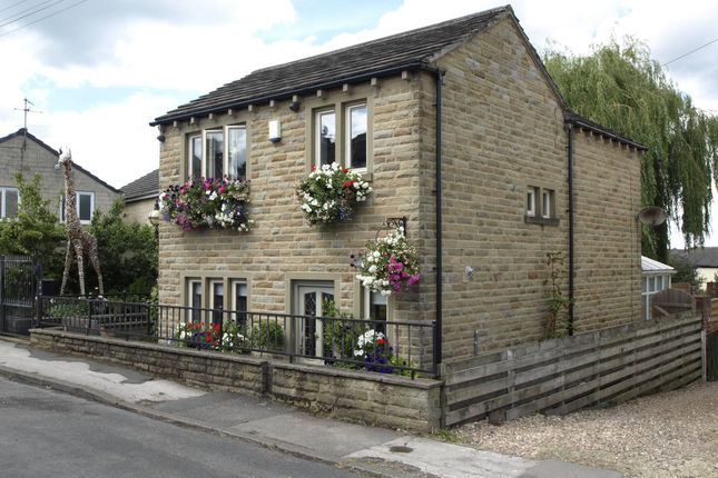 Thumbnail Cottage for sale in Bilham Road, Clayton West, Huddersfield