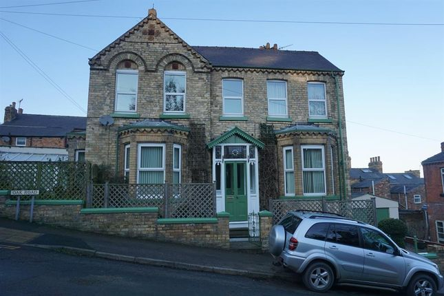 3 bed detached house for sale in Oak Road, Scarborough