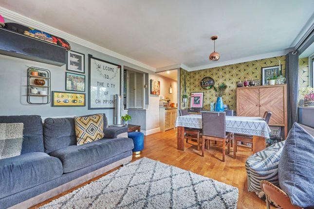 3 bed flat for sale in Riverside Road, St. Albans AL1