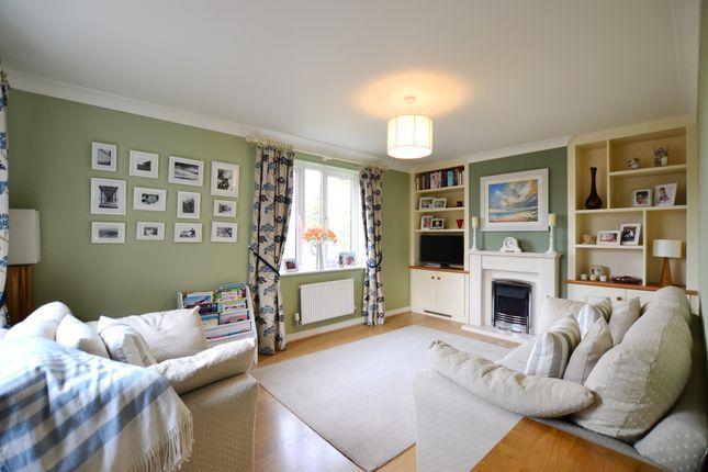 Lounge: of Gresley Close, Watton At Stone, Hertford SG14