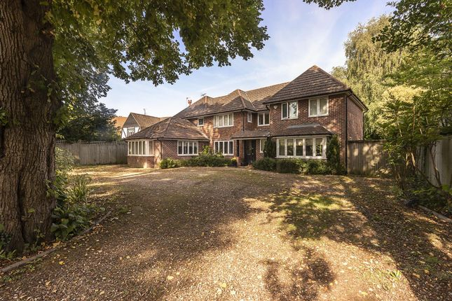 Thumbnail Detached house for sale in Park Avenue North, Harpenden