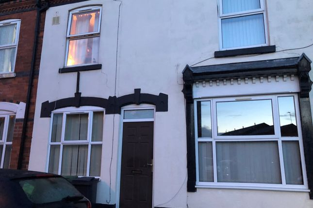 Thumbnail Flat to rent in Arundel Street, Walsall, West Midlands