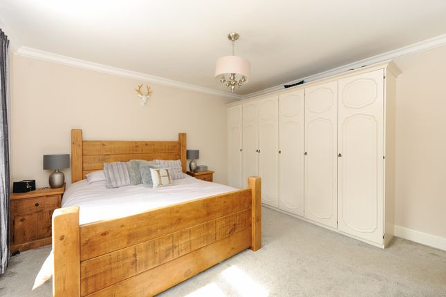 Bedroom1 of Cavendish Avenue, Dore, Sheffield S17