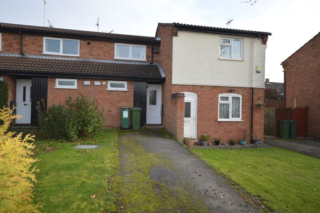 Thumbnail Town house for sale in Shenton Close, Whetstone, Leicester