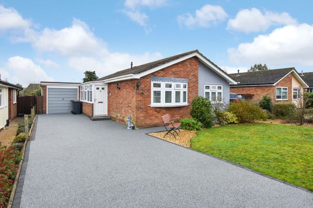 2 bed detached bungalow for sale in Compit Hills, Cromer NR27