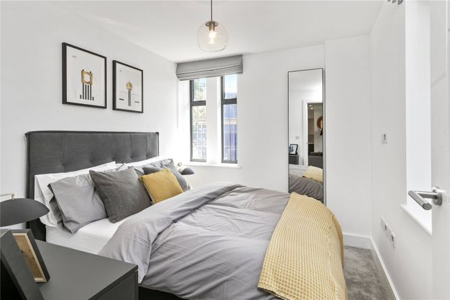 Master Bedroom of Abbeville Place, Abbeville Road, Clapham, London SW4