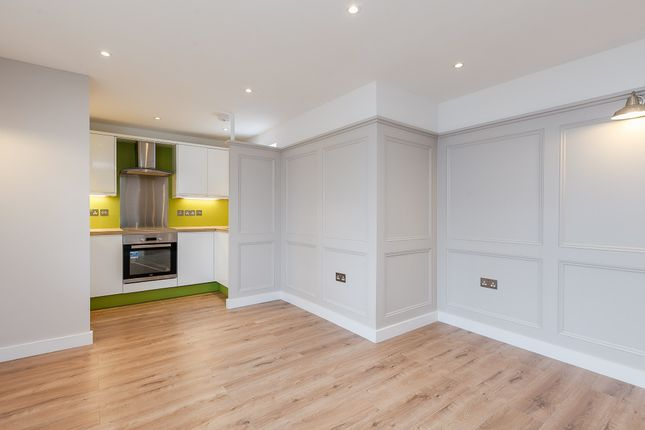 Thumbnail Flat for sale in North Parade Avenue, Oxford