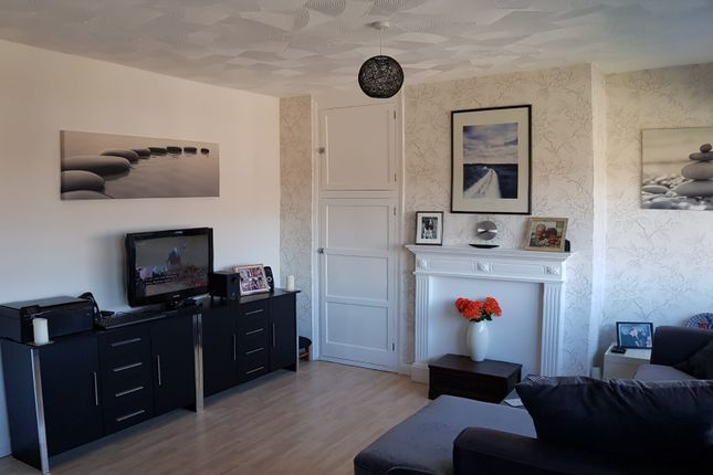 Thumbnail Flat for sale in Lingamoor Leys, Thurnscoe, Rotherham