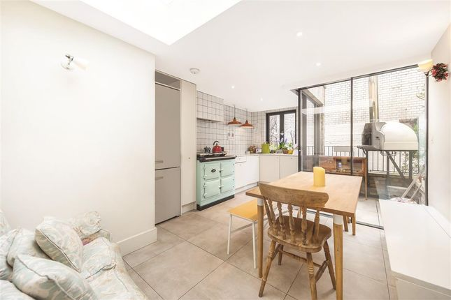 Thumbnail Terraced house to rent in Barton Street, London