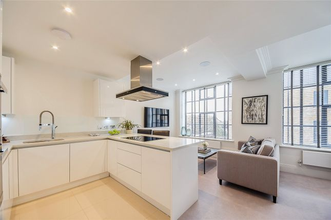 Thumbnail Flat to rent in Palace Wharf, London
