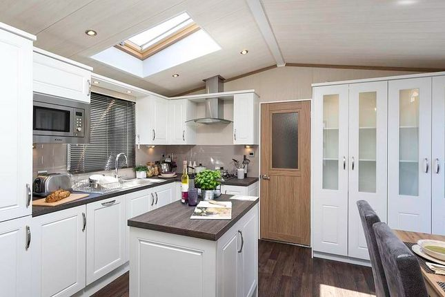 Thumbnail Mobile/park home for sale in Morfa Conwy Business Park, Ffordd Sam Pari, Conwy