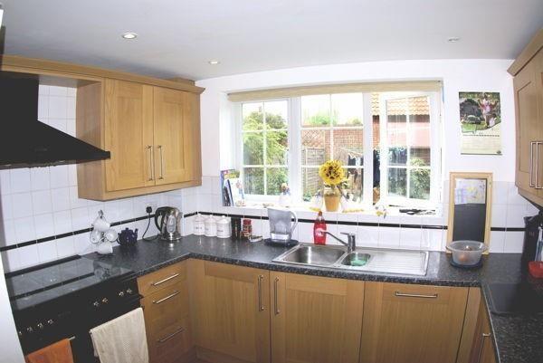 Thumbnail Detached house to rent in Lytton Gardens, Welwyn Garden City