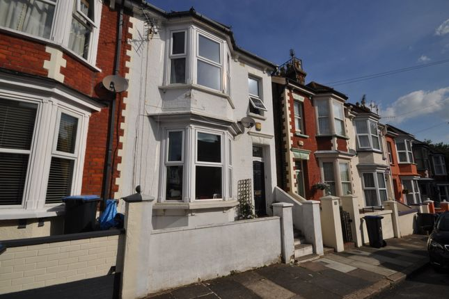 3 bed terraced house to rent in Hatfield Road, Ramsgate