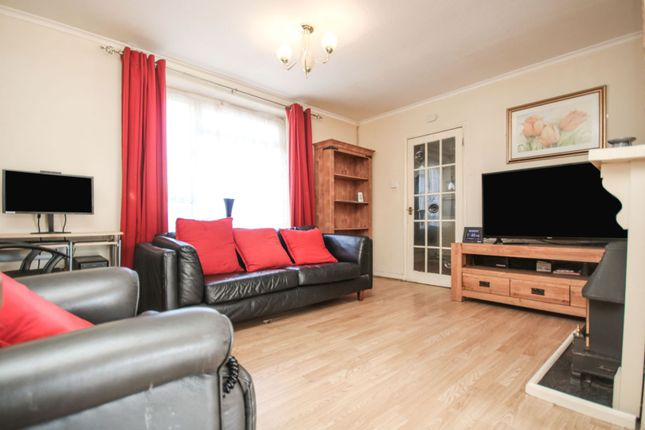 Living Room of Macaulay Road, Coventry CV2