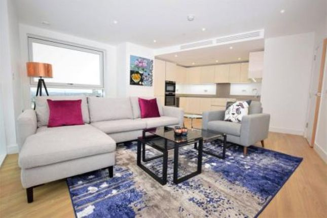 Thumbnail Flat to rent in Flodden Road, London