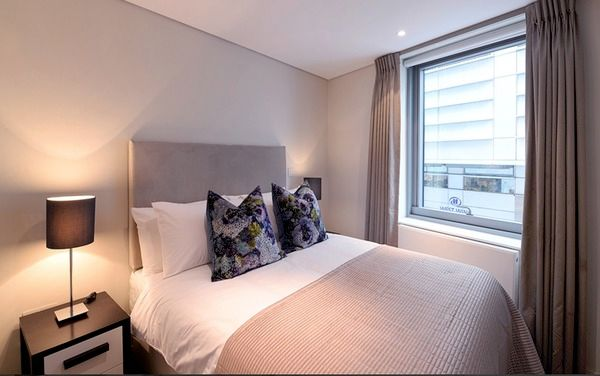 Thumbnail Flat to rent in Merchant Square, London
