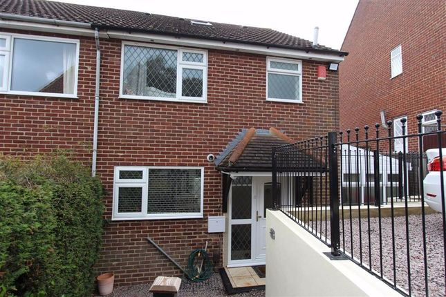 Thumbnail Semi-detached house for sale in Arabia Close, North Chingford, London