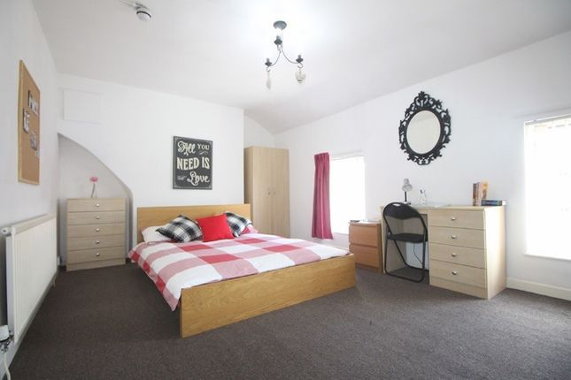 Thumbnail Property to rent in Longford Place, 6 Bed, Manchester