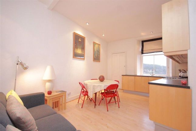 2 bed flat to rent in Jeffrey Street, Edinburgh EH1