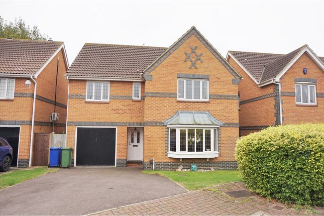 Thumbnail Detached house for sale in Poplar Close, South Ockendon